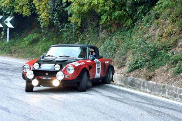 Αγωνιστικό Fiat 124 Spider Rally