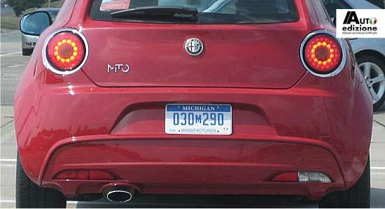 Alfa Romeo Mito (πινακίδες κατασκευαστή, προφανώς εταιρική στην Chrysler)