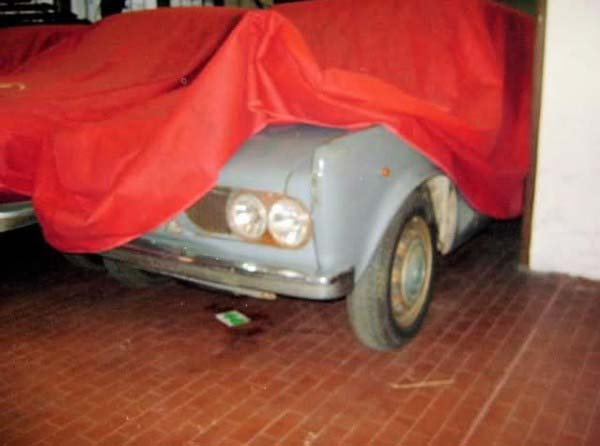 Πρωτότυπο για την Giulia Προσθιοκίνητη.Παρ'όλο που επιλέχθηκαν τα γνωστά μηχανικά μέρη της Giulietta,όλη η εξέλιξη όσων αφορά τη μετάδοση της κίνησης, πέρασε στα επαγγελματικά F12 και A12.